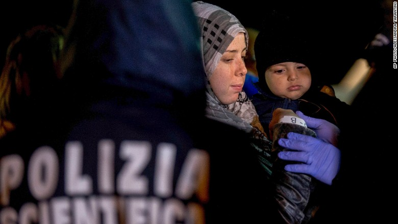 Hundreds feared dead in migrant shipwreck