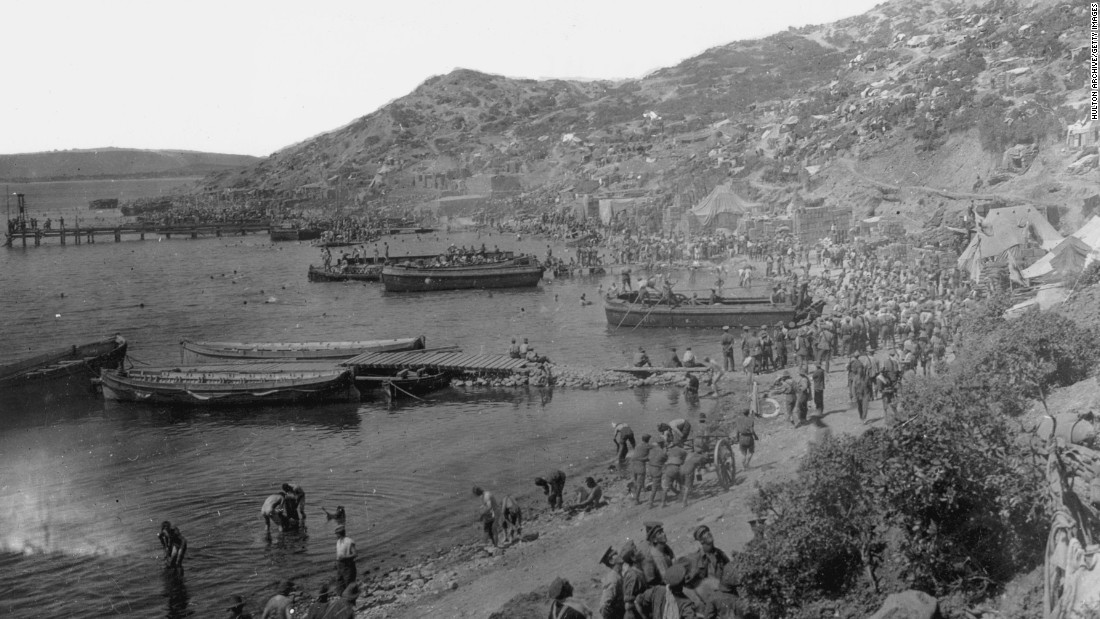 Early on the morning of April 25, 1915, the Australian and New Zealand forces came ashore at what's now known as Anzac Cove. Their arrival was anticipated by Turkish forces and they came under heavy fire.