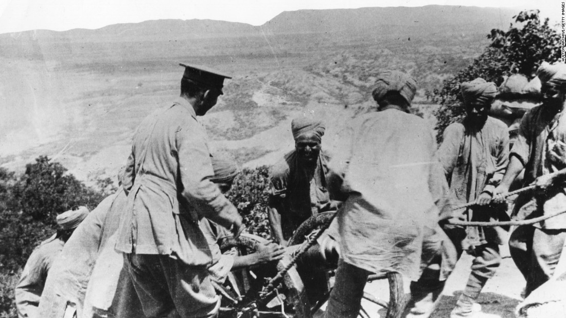 Here, soldiers haul a mountain gun into position at Walker Ridge during the Gallipoli Campaign.