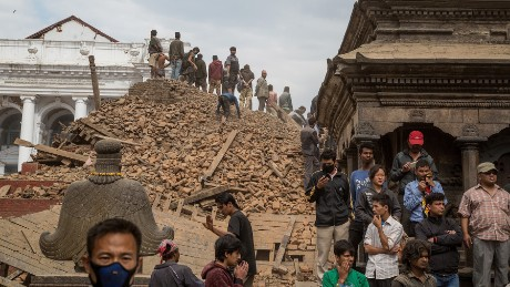 Strong aftershock hits Kathmandu during interview