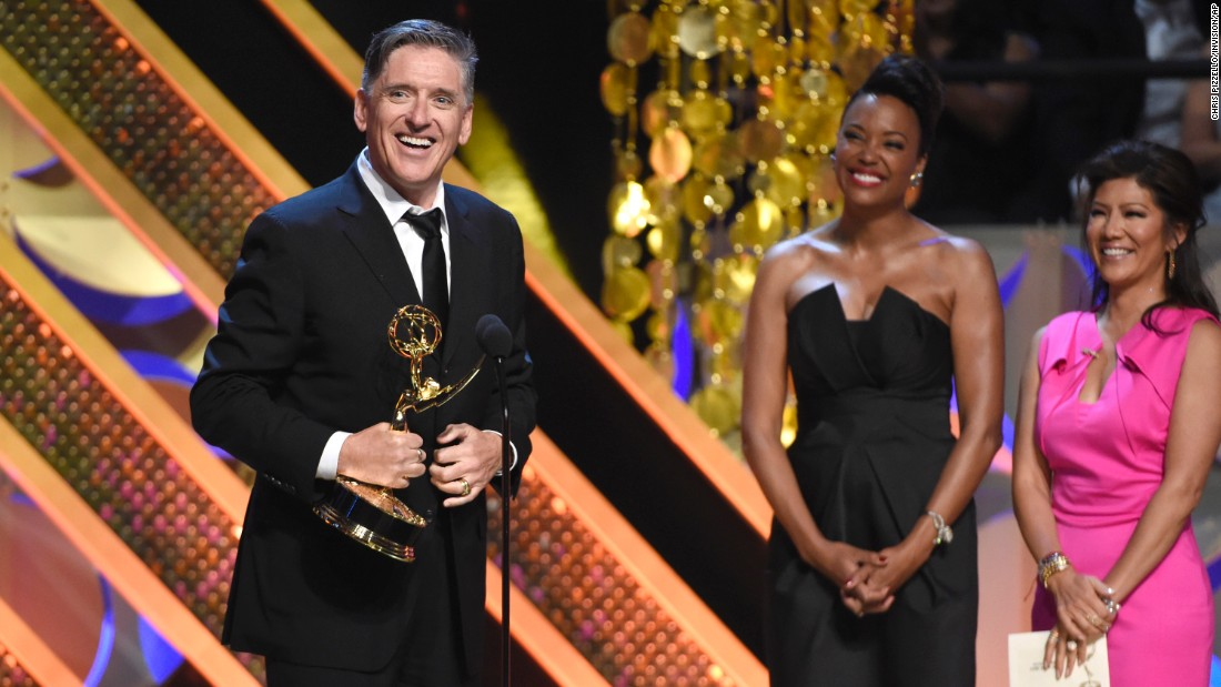 "Craig Ferguson accepts the award for outstanding game show host for ""Celebrity Name Game."""