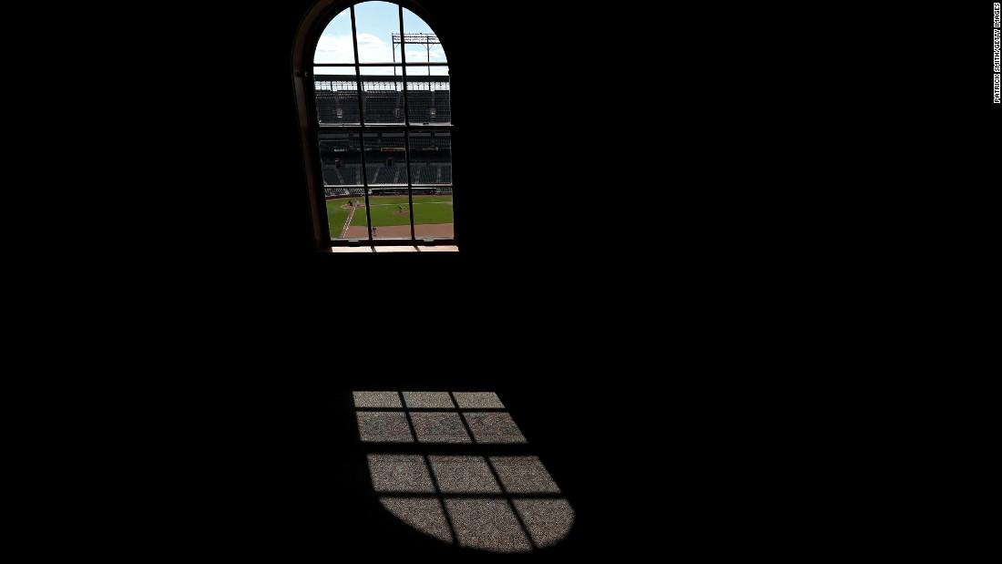 The Orioles face off against the White Sox in a surreal setting -- an empty stadium.