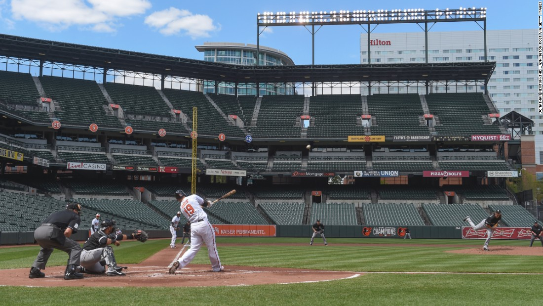 Orioles first baseman Chris Davis hits a three-run home run in the bottom of the first inning.