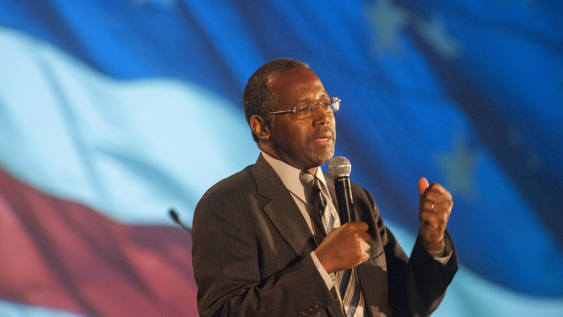 Carson delivers the keynote address at the Wake Up America gala event on September 5, 2014, in Scottsdale, Arizona.