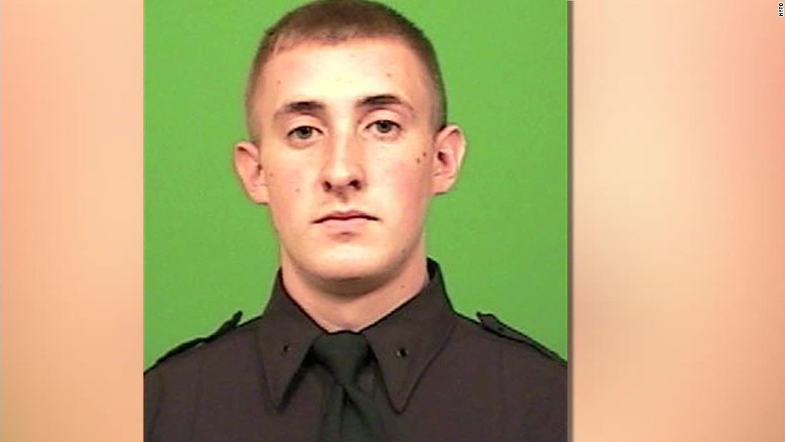 NYPD officer Brian Moore, who was shot in head, dies