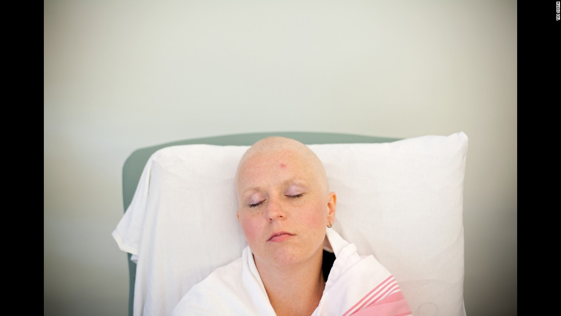 A blanket keeps Cheryl warm as she undergoes her third chemotherapy treatment in early August.