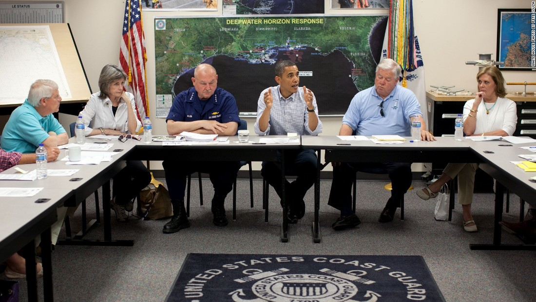 Meeting on the BP oil spill in the Gulf of Mexico at the Gulfport Coast Guard Station in Mississippi on June 14, 2010.
