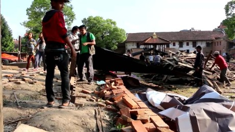 cnnee un wfp nepal second earthquake testimony_00010930