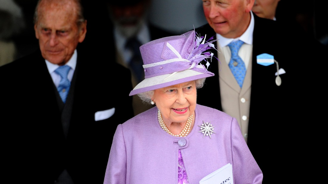 ... to Her Majesty Queen Elizabeth II, who was in situ for last year's running of the prestigious race.