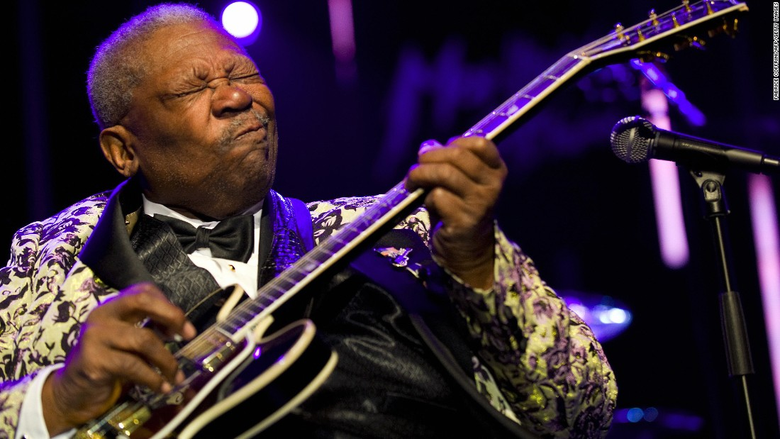 "Blues legend <a href=""http://www.cnn.com/2015/05/15/entertainment/bb-king-dead/index.html"">B.B. King</a>, who helped bring blues from the margins to the mainstream, died May 14 in Las Vegas, according to his daughter Patty King. Two weeks earlier, it was announced that King was in home hospice care after suffering from dehydration. He was 89."
