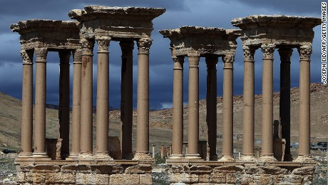 ISIS takes 'full control' of ancient city of Palmyra