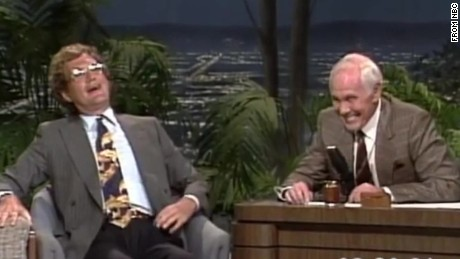 sot david letterman says goodnight leno carson show_00003404.jpg