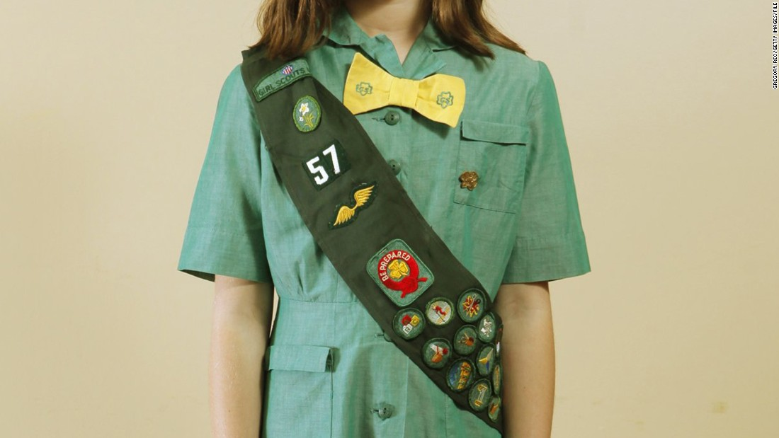 Gape! Lucky girl scouts lesbian some her