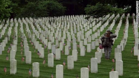 Memorial Day: More than 228,000 flags at Arlington National Cemetery