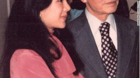 A photo of Manli Ho (L) and Dr. Ho Feng Shan (R) in 1977.