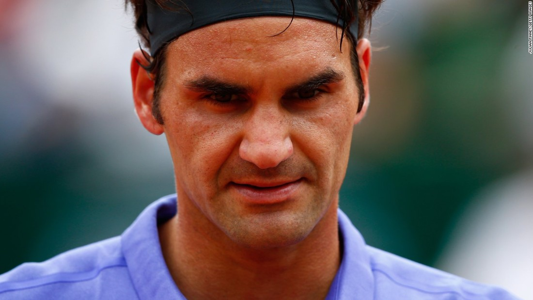 Roger Federer was furious after a fan followed him onto the court and tried to get photos after his opening match of the 2015 French Open.
