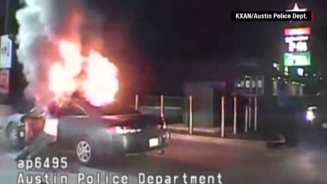 austin man sets fire car police orig_00002523