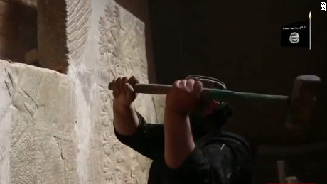 Officials: ISIS sells the artifacts it doesn't destroy