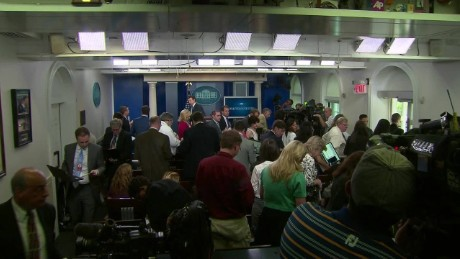 White House press briefing room evacuated secret service Josh Earnest_00001302