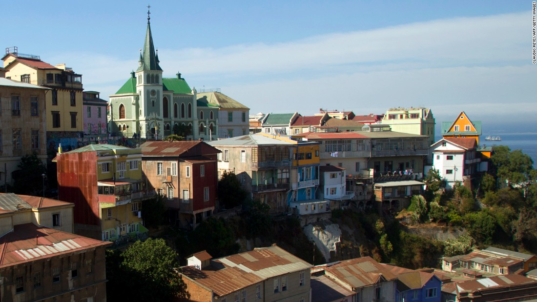 The city of Valparaiso is one of the most important South American ports on the Pacific Ocean. It was declared a UNESCO World Heritage site in 2003.