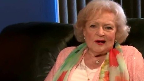 newday daily hit betty white prank call_00002614