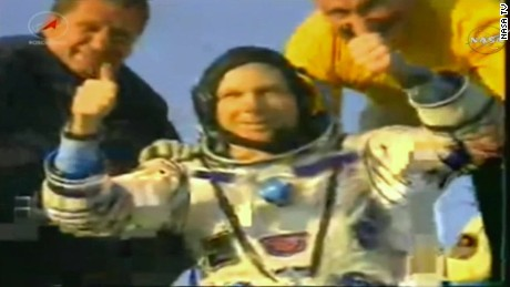 soyuz landing astronauts return to earth vo _00021218