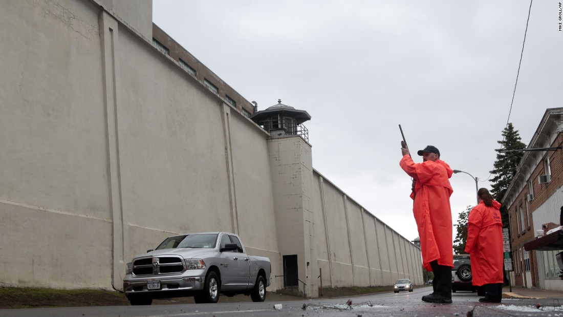 "State corrections officers monitor traffic June 8 at the Clinton Correctional Facility. <a href=""http://www.cnn.com/2015/06/06/us/gallery/new-york-escapees/index.html"" target=""_blank"">See photos of the route the escaped prisoners took</a>"