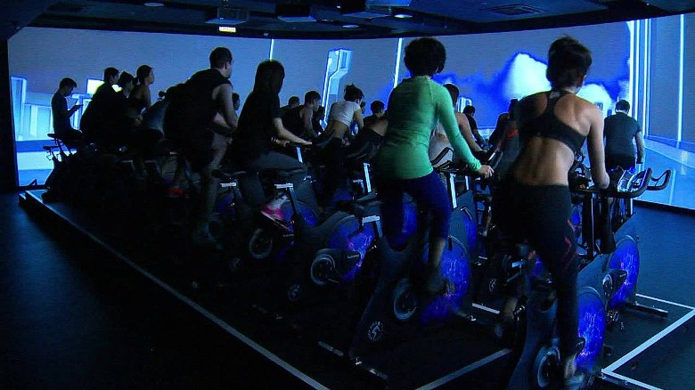 Virtural reality spinning: New fitness craze?