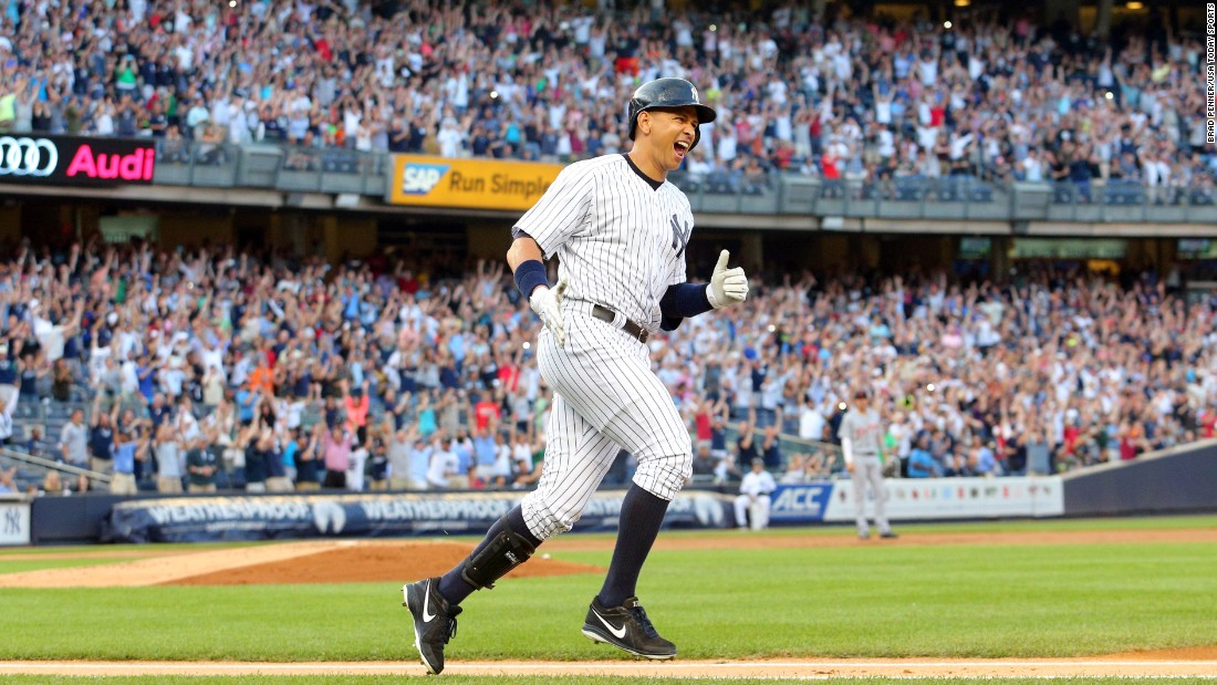 New York Yankees slugger Alex Rodriguez donated $2,700 at a Clinton fundraiser last year.