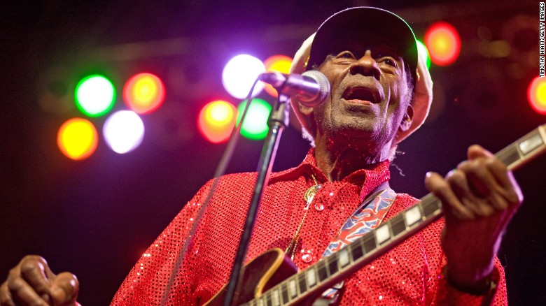Legendary musician Chuck Berry dies at 90