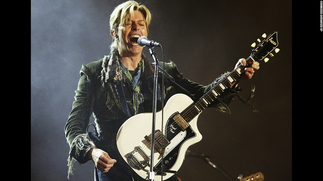 "Seen performing in 2004, Bowie sang four solo songs at Live Aid. He <a href=""http://www.cnn.com/2016/01/11/entertainment/david-bowie-death/"" target=""_blank"">died in 2016 </a>at age 69 after losing a battle with cancer."