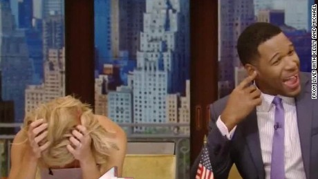 Alarm interrupts Kelly Ripa and Michael Strahan Daily Hit NewDay _00004015.jpg
