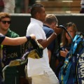 kyrgios leaves court