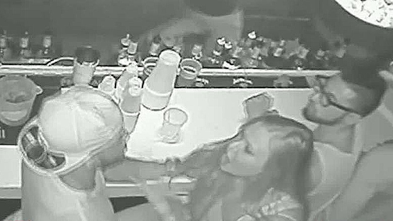 FSU quarterback de'andre johnson punches woman wire dnt erin _00000525