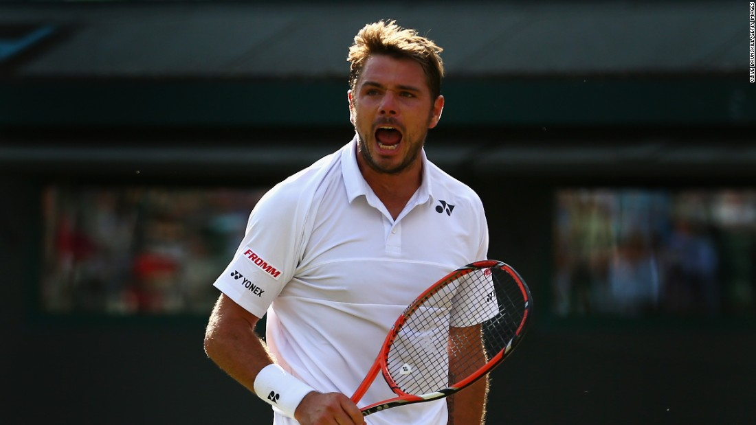 Federer's countryman, Stan Wawrinka -- the French Open champion -- couldn't join his pal in the last four. He fell 11-9 in the fifth to 21st seed Richard Gasquet, who made his second Wimbledon semifinal.