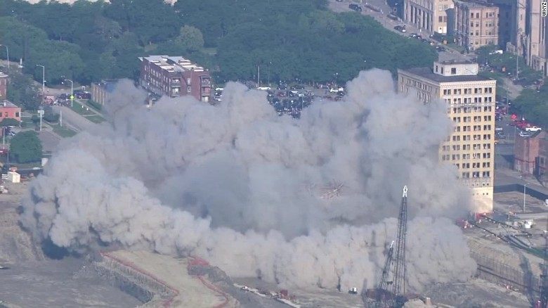 historic park avenue hotel imploded detroit_00003206