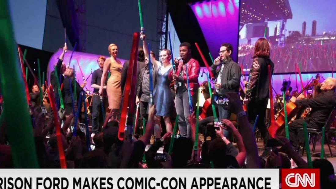 Fans get 'Star Wars' sneak peek at Comic-Con