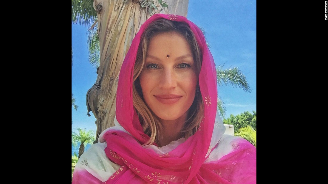 """Beautiful day on set!"" <a href=""https://instagram.com/p/47k1Q3ntEZ/"" target=""_blank"">said model Gisele Bundchen</a> on Thursday, July 9. ""Sending love. Namaste."""