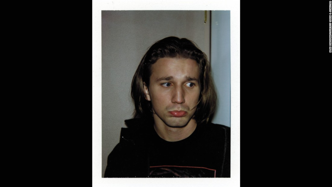Breckin Meyer was skateboarder Travis, who romances Tai.