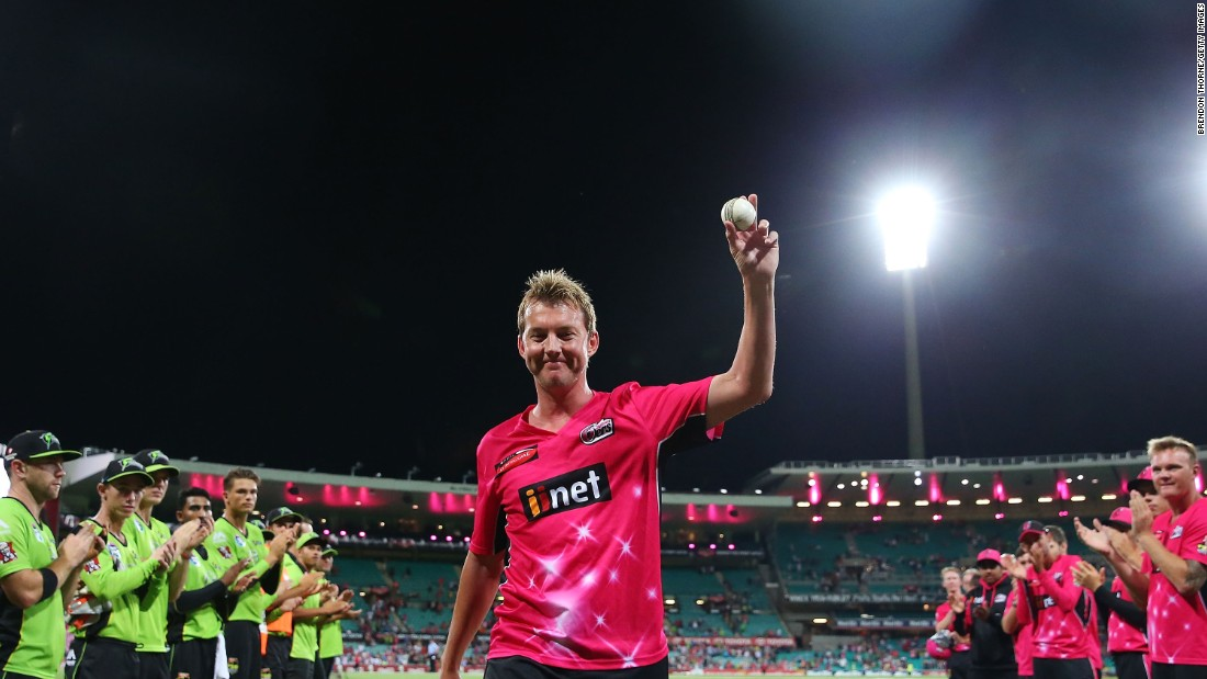 In January 2015, following a Big Bash League match between the Sydney Sixers and the Sydney Thunder, Lee finally retired from all forms of cricket.