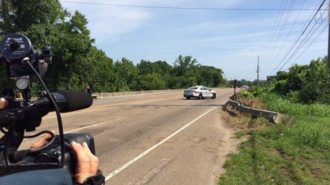 WTVC's Drew Bollea heard gunshots on Amnicola Highway near the Navy facility.