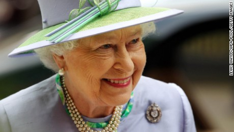 Queen Elizabeth II Fast Facts