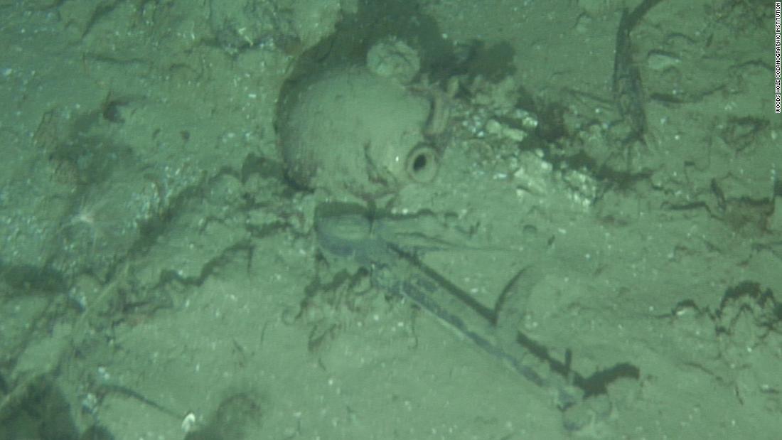 Mystery shipwreck found off North Carolina coast