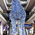 horse sculpture ascot flowers