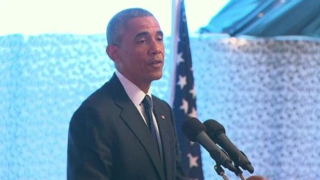 Obama cracks 'birther' joke in Kenya