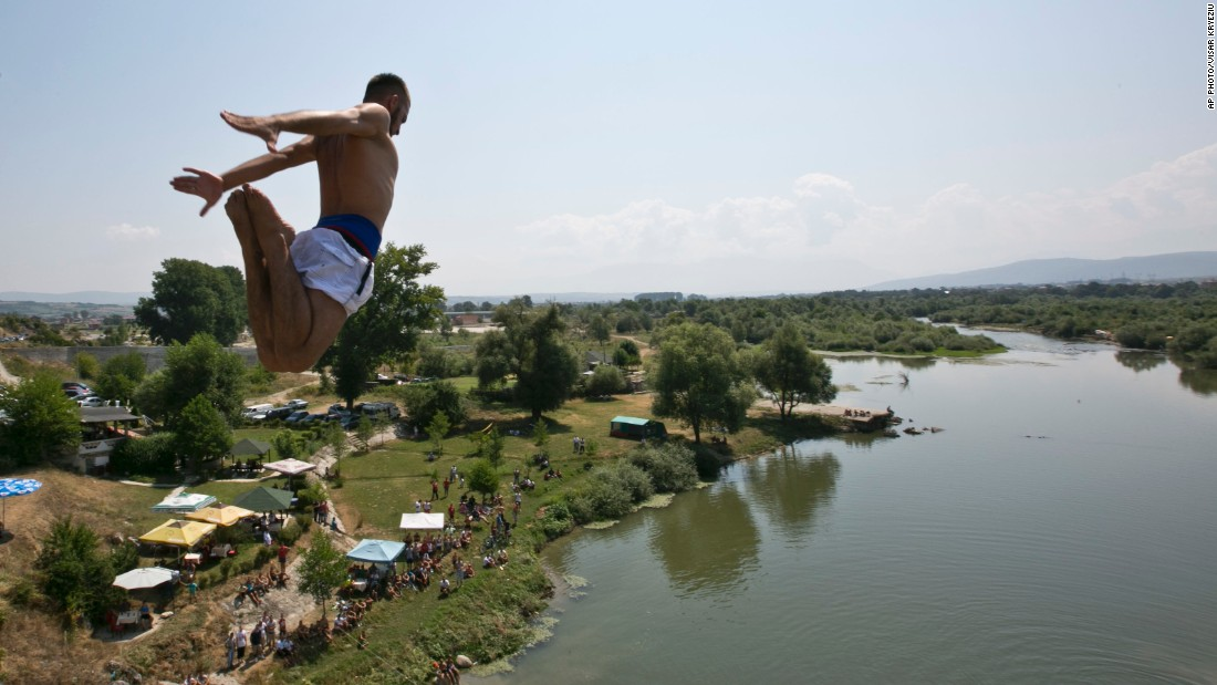 The high diving contest dates back around 60 years, and makes a splash again after being interrupted by the Kosovo War from 1998 to 1999 and subsequently postponed due to insufficient funding.