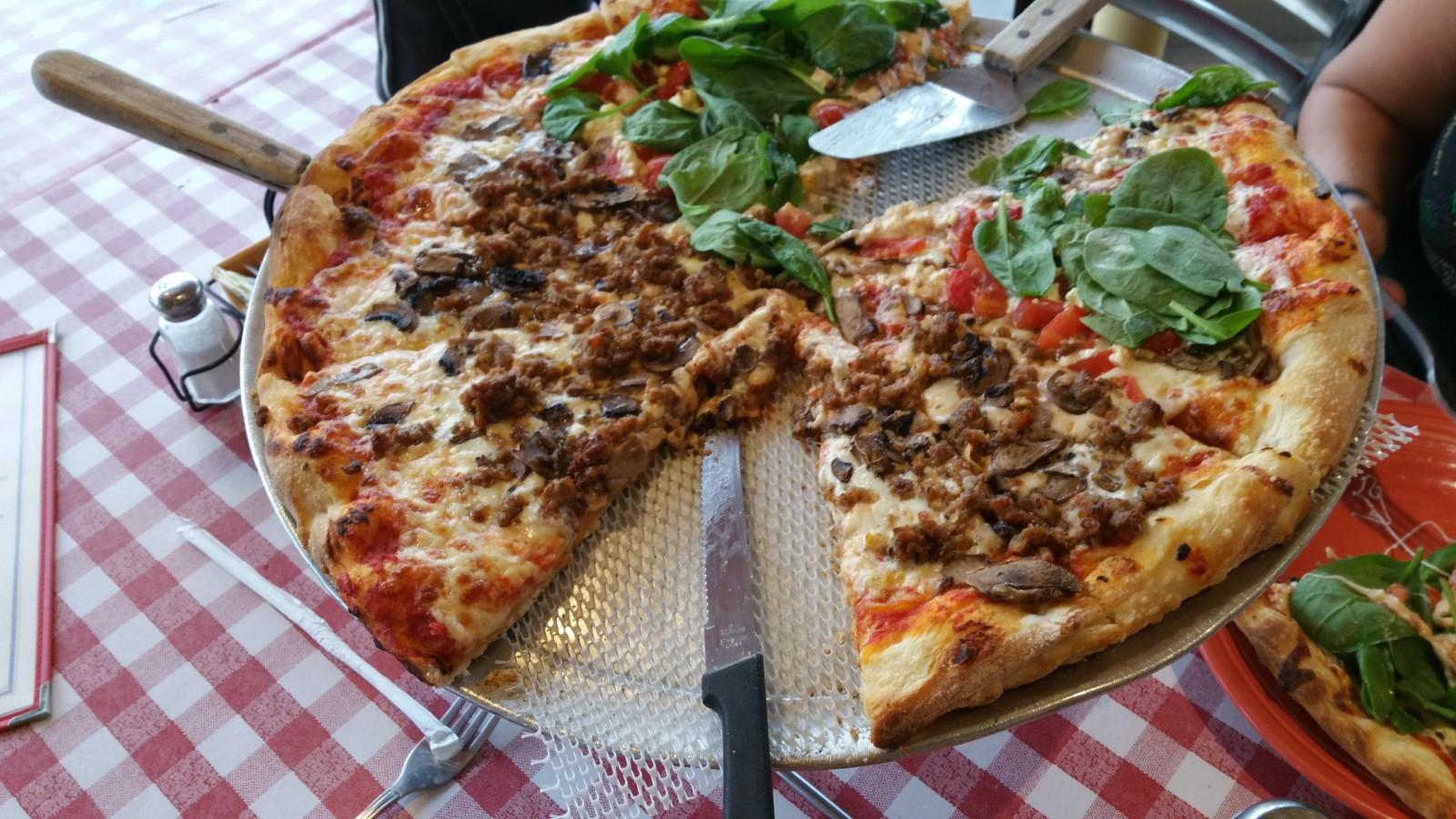 tripadvisor picks america u0027s best pizza cnn travel
