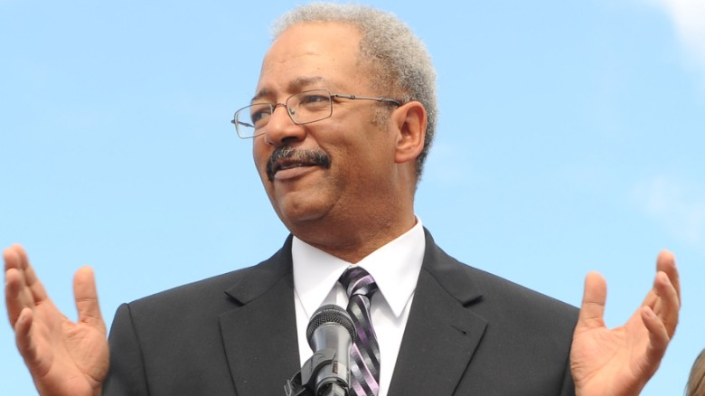 Chaka Fattah indicted on racketeering charges
