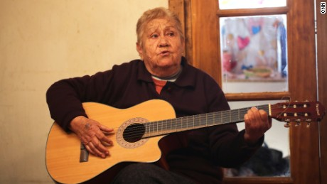 04.chile.miners.grandmother.song.JPG