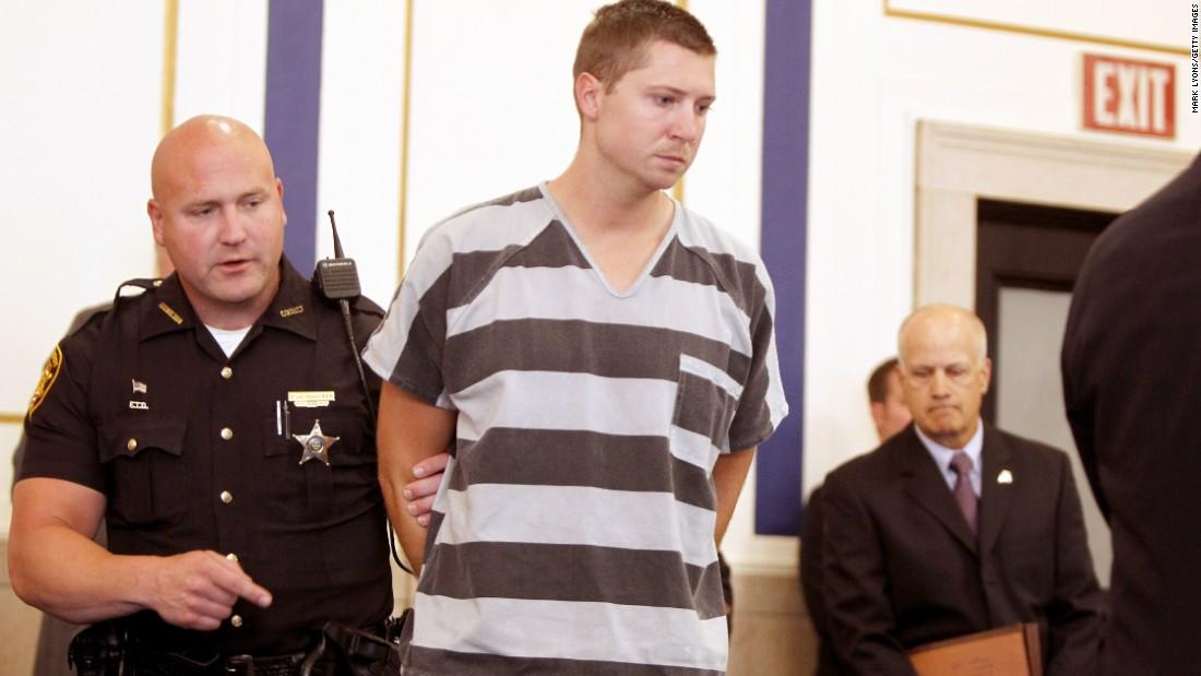 Ex-university cop in Samuel DuBose shooting death pleads not guilty